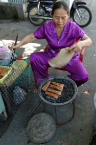 Delicious taro spring rolls (Nem nuong at snail stand.