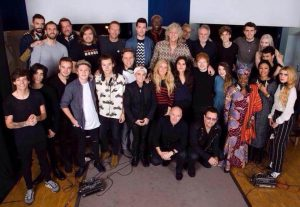 A photo of all the Artist's involved with the single.