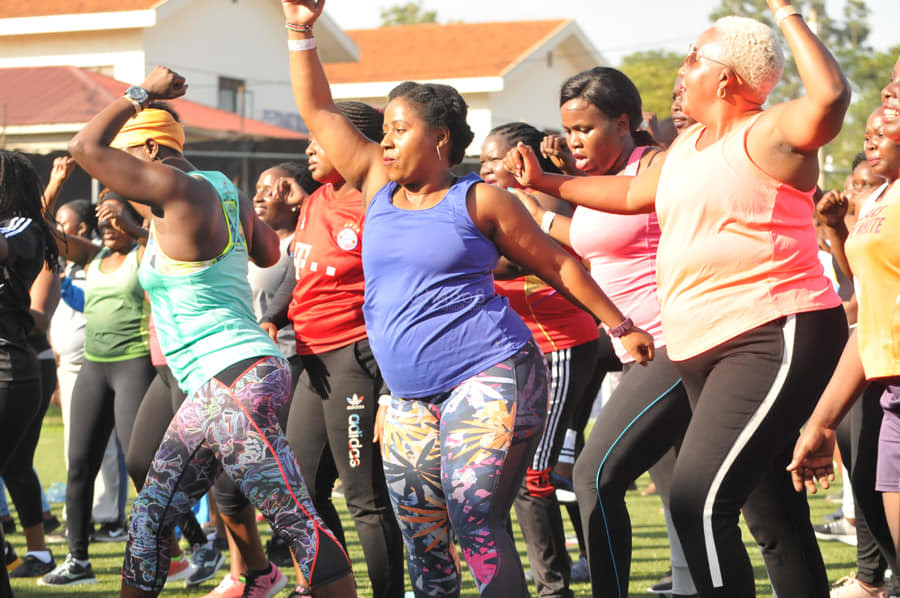 Revellers Get Fitness Tips At Luckys Groove Back Seaso