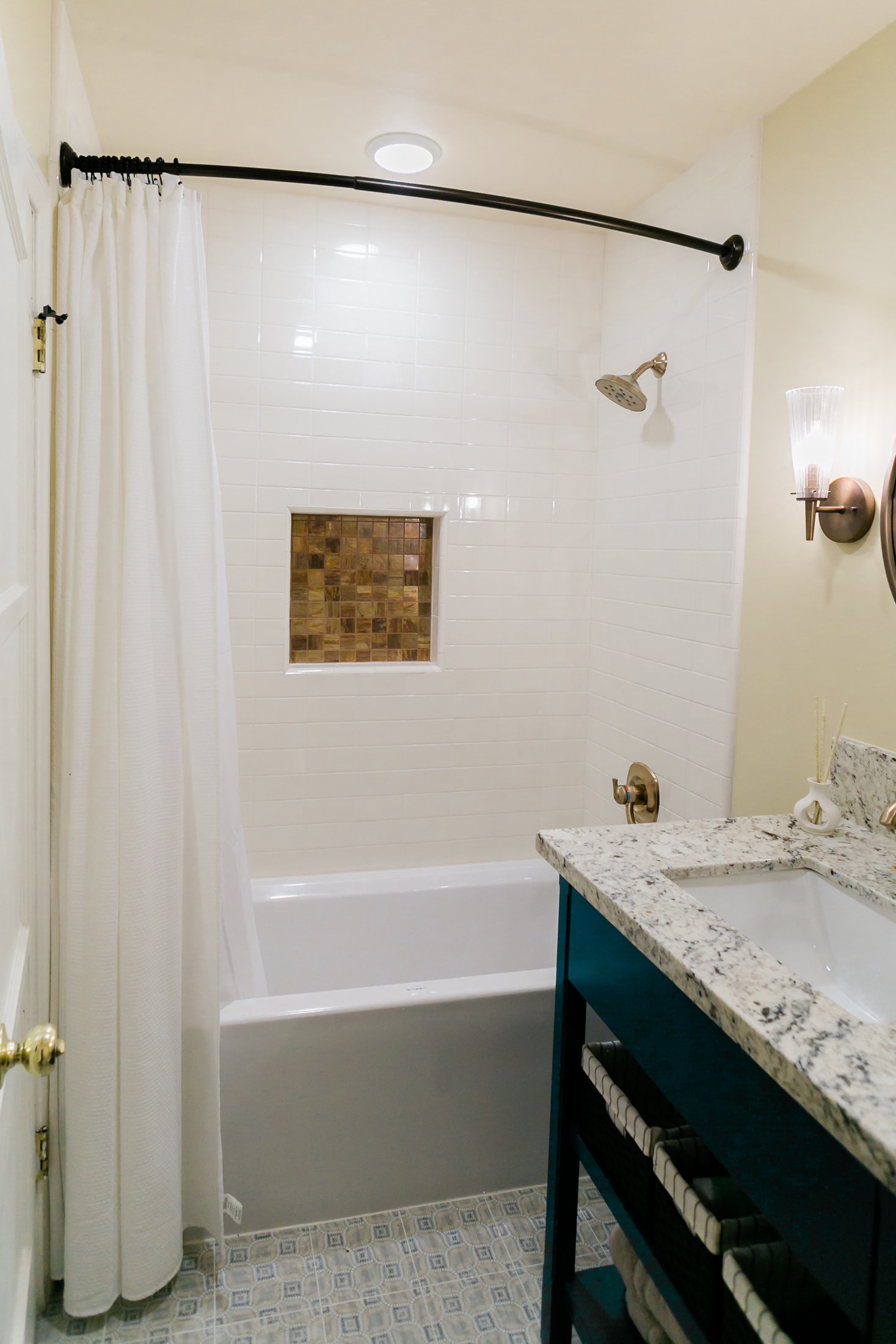 Earthy Bathroom, Bathroom Remodel, remodel, dmv interior designer, bowie maryland, washington dc, brass niche