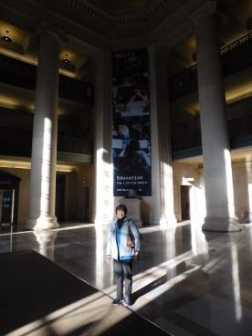 麻省理工教学楼大厅