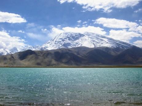 神山和神湖