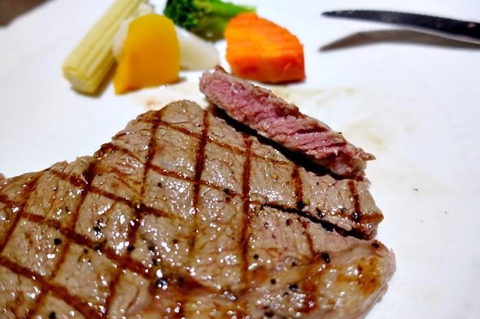 【食記】VOLKS 沃克牛排.來自日本的連鎖牛排館.麵包沙拉吃到飽(敦南店) @六張犁/科技大樓站
