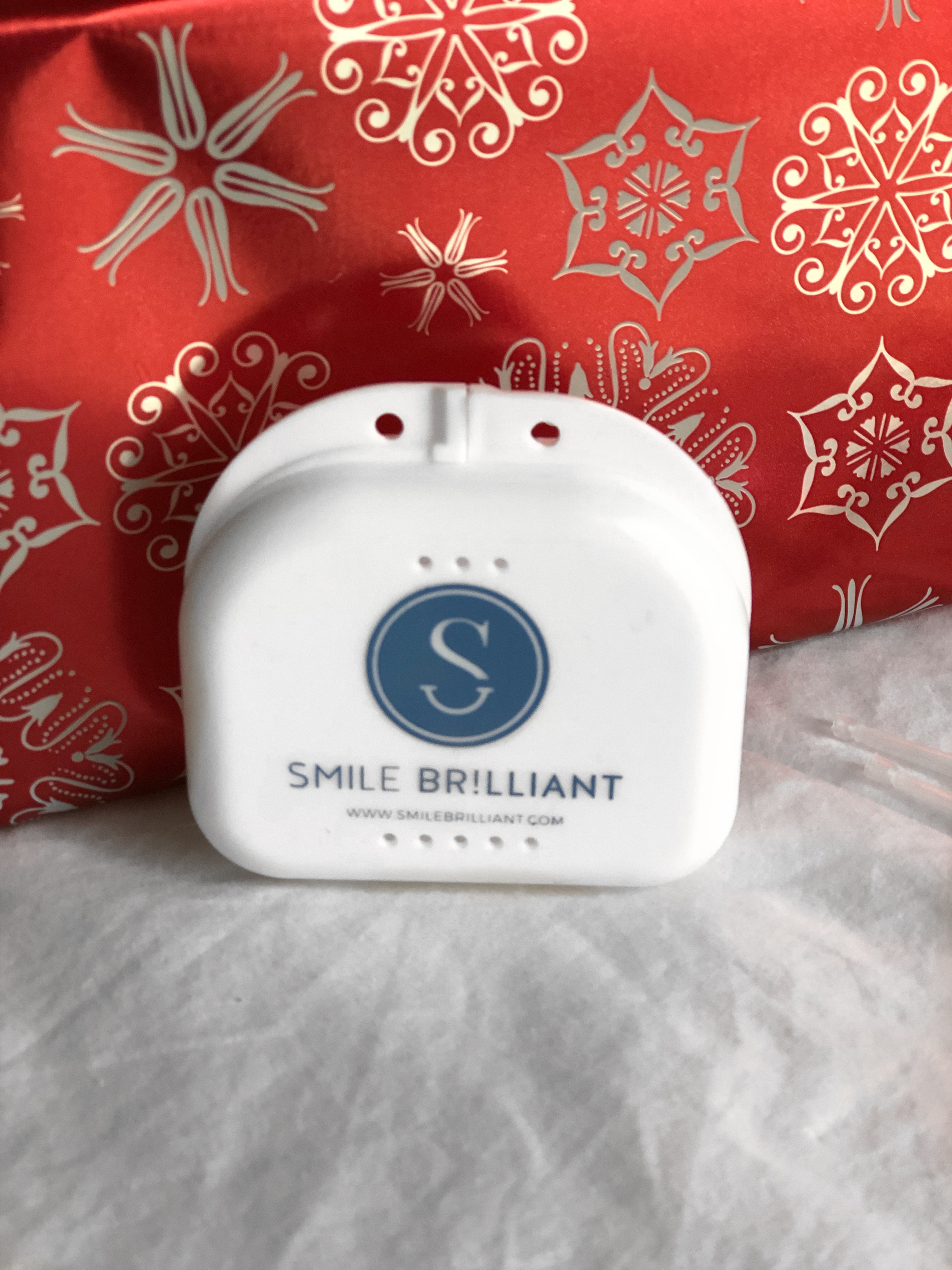 Whiten Your Teeth for the Holidays with Smile Brilliant | Chaos and Coffee