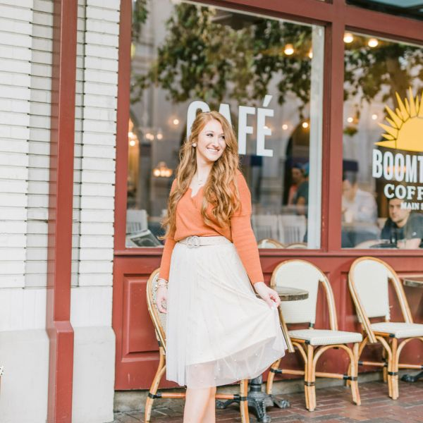 Styling a Sweater and Tulle Skirt for Fall