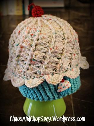 White Cupcake hat