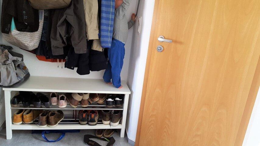 Krümel-auf-Schuhschrank_Wochenende-in-Bildern-Familienblog