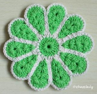 salatgrün/weiß