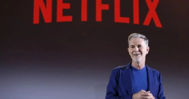Netflix loses subscribers for the first time in 8 years