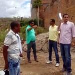 Prefeito Ricardo Mascarenhas e Secretário Evandro visitam bairros castigados pelas chuvas