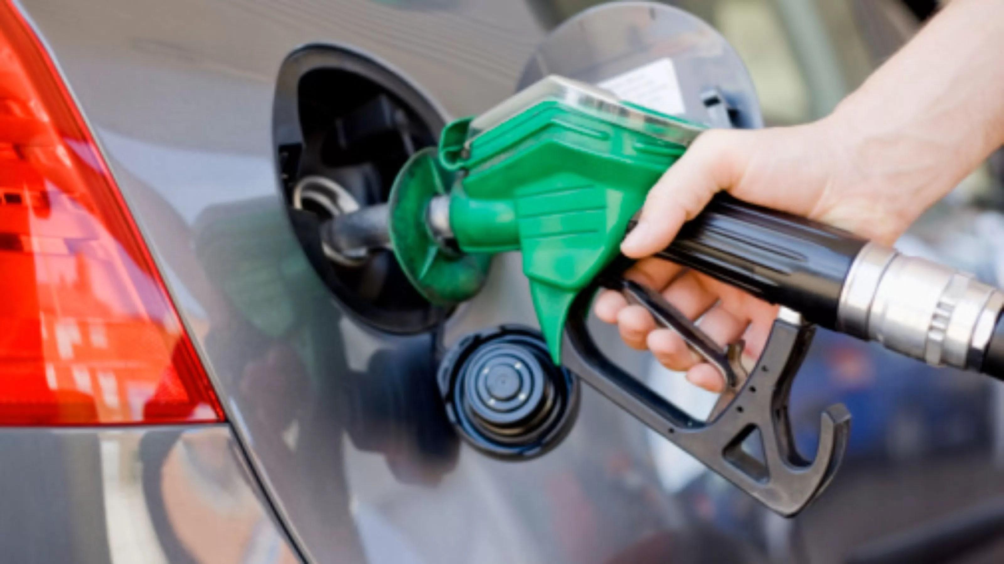 Preço da gasolina cai nas refinarias a partir deste sábado (20)