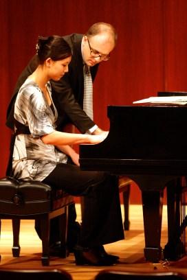 pianomasterclassjan08 015