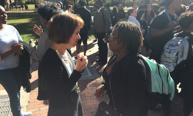 UNC Chancellor Meets With Students to Discuss Diversity