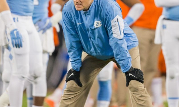 UNC Defensive Coordinator Loses Out on Broyles Award