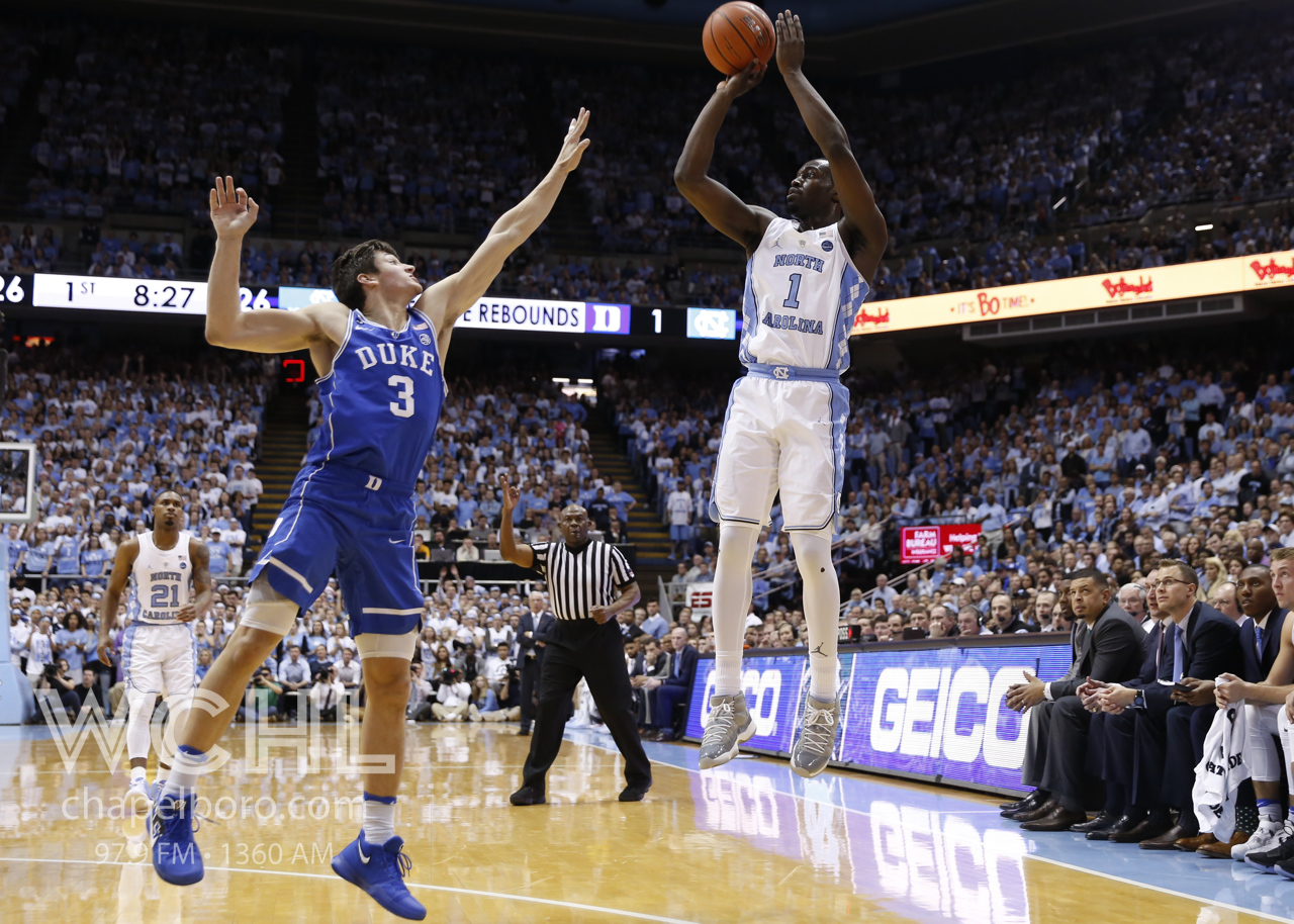 North Carolina roars back to beat Duke, 82-78