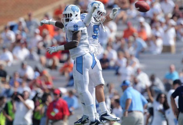 Close-Knit Tar Heels Test Offense, Showcase Defense in Scrimmage