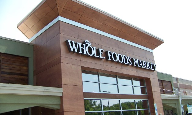 Chapel Hill Couple Married at Local Whole Foods