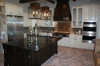 Painted kitchen with Stained hood