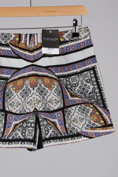 Topshop Abstract Pattern Shorts - Size 10 - Back Detail