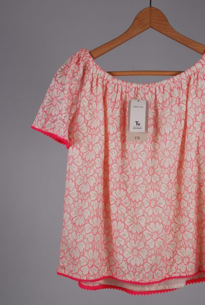 TU White & Pink Lace Top - Size 8 - Back Tag