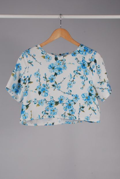 Glamorous White & Blue Floral Crop Top - Size M - Front