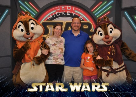 Chip and Dale Star Wars Weekends Character Dinner