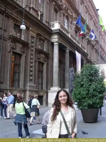 Llegando al Museo Egipcio