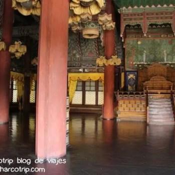 Interior de Injeongjeon