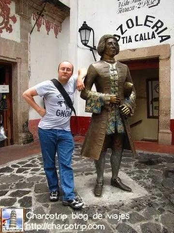 Vicente con su paisano celebre