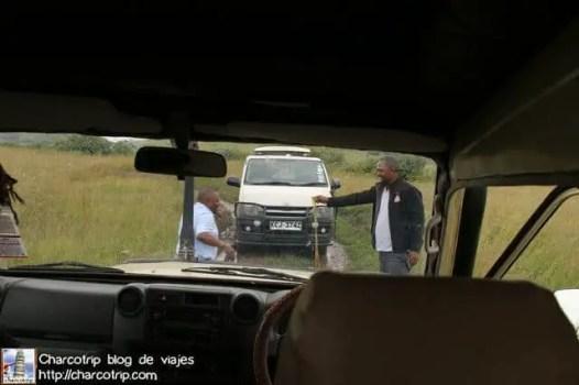 ayudando-masai-mara