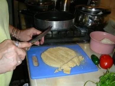 cortando-tortillas