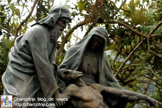 Estatuas del Via Crucis