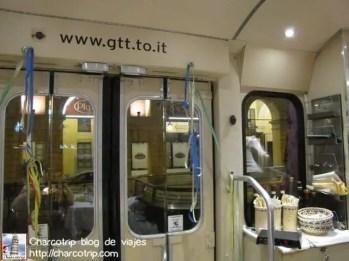 gustotram-interior-tram