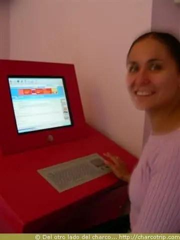 Yo en el cafe internet