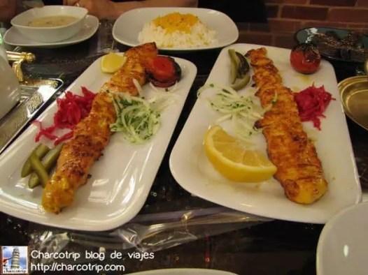 Y aquí aprendimos que las porciones iranis son... PORCIONES!!