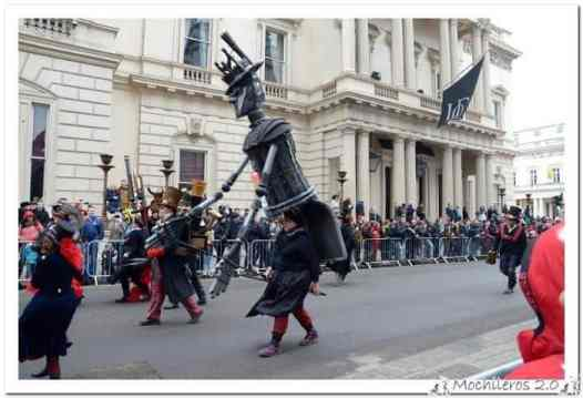 Desfile en Londres por Mochileros 2.0