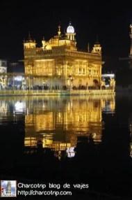 noche-templo-dorado