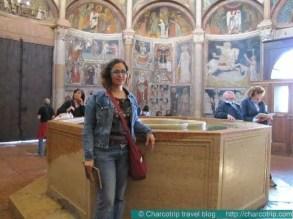 parma-baptisterio-interior-yyo