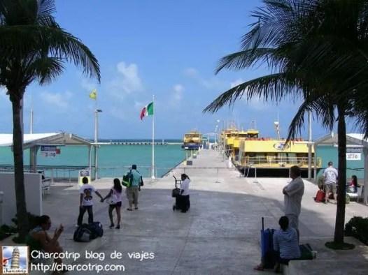 Ferry para ir a Isla Mujeres