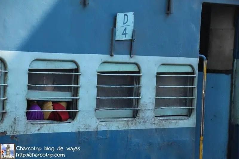 tren-azul4