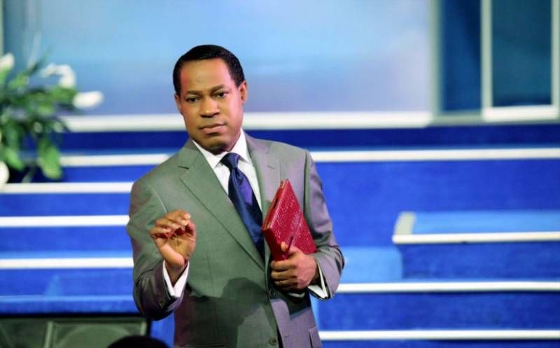"""""""How dare you, your time is short"""" – Pastor Chris Oyakhilome slams FG for limiting the duration of services due to Coronavirus (video)"""