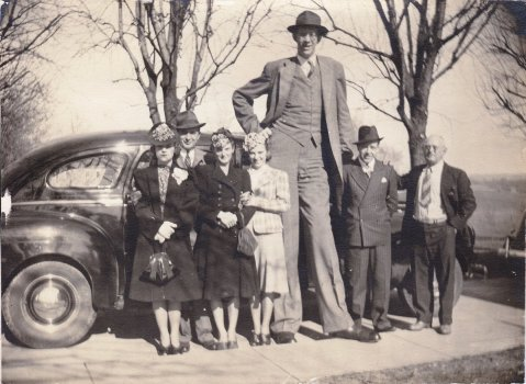 A wedding car for Robert Wadlow - a Rolls Royce would fit him
