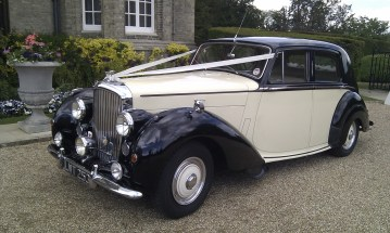 1952 Bentley Mark 6 ready for the wedding - ideally wedding car