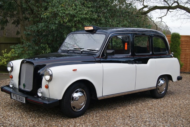 London Fairway taxi from 1996 - cool wedding car