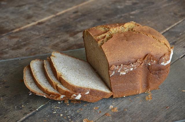 bread-1319583_640