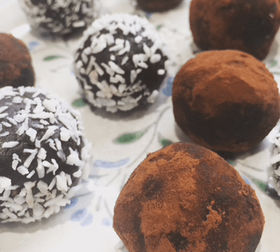 12 Desserts of Christmas: #7 Fudge Balls!