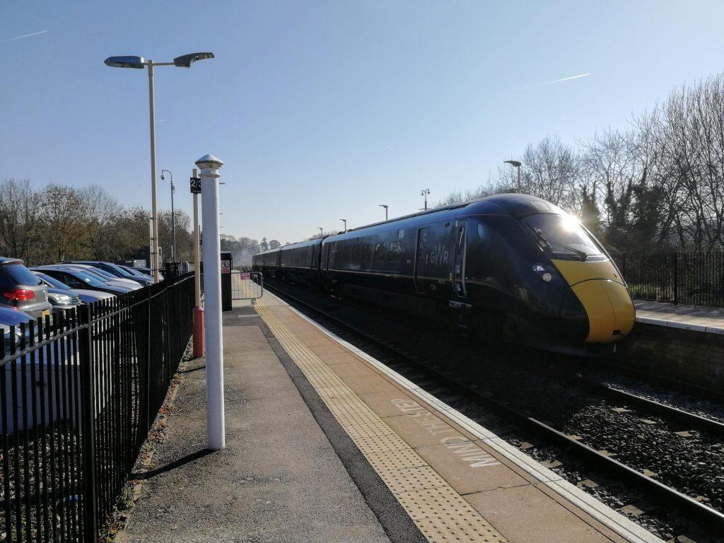 Charlbury Station
