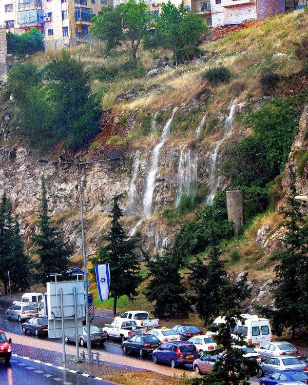 Rain produces cascading falls, Jerusalem, May 16, 2007.