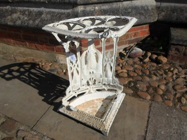 lot-553-coalbrookdale-stick-stand1