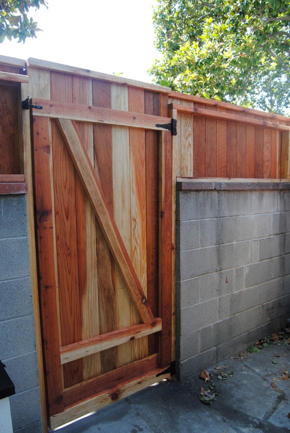 custom-gate.jpg